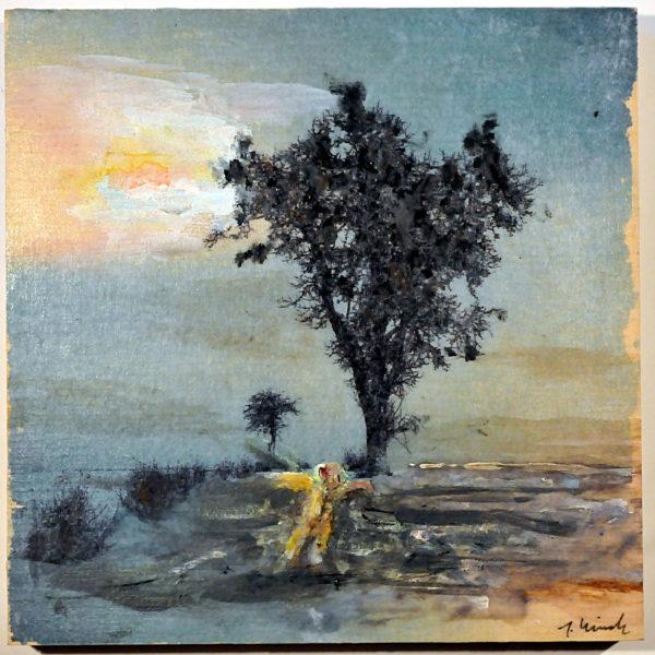 Vor einem kahlen Birnbaum im Schnee landet ein Engel, der einem Schimmer im Horizont entsprungen zu sein scheint.