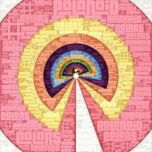 Bunte Halbkreise, die sich zu einer Art künstlichem Regenbogen in rosa und blassgelb formen und darüber liegt vielfach ineinander verschachtelt der Schriftzug Polanoid Colors