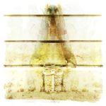 Eine Spiegelung einer Struktur an einer Wand bildet einen seltsamen, vogelähnlichen Körper, wie ein Huhn, das frontal in die Kamera schaut. Gelblich blasses Strukturbild a la Rorschachtest.
