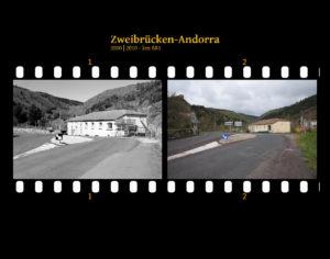 Straßenkreuzung außerhalb mit Einmündung in einer Hauptstraße, an der sich eine Art Überland-Rasthaus befindet. Dazu Hinweisschilder. Zwei Bilder auf Fimstreifen mit schwarzem Hintergrund montiert. Links die schwarz-weiß-Version, rechts bunt zehn Jahre später aufgenommen. Titel Zweibrücken-Andorra 2000-2010 km 885.