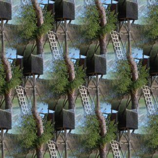 In einander verschwimmende Bilder eines Hochsitze wie durch eine Speziallinse oder ein Kaleidoskop gesehen. Deutlich erkennbar viel Gürn von Bäumen und ein fast schwarzer Hochsitz, der sechsfach in Spalten und Reihen versetzt das Bild dominiert.